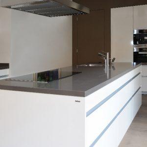 Prachtige keuken met kookeiland