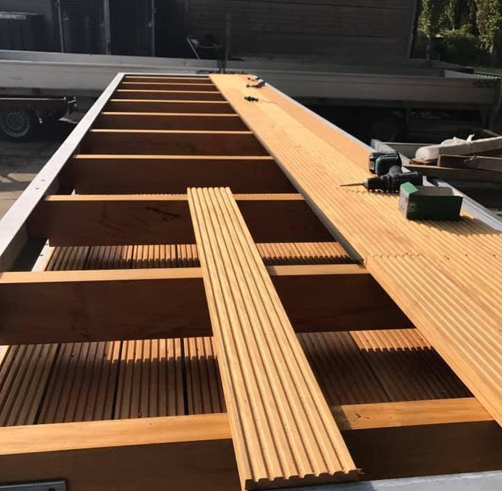 Nieuwe balkons geplaatst
